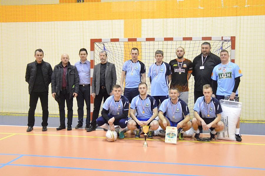 Malanów: FC Kawęczyn, WKS Potworów, Cez-Rol Turek - oto triumfatorzy Halowej Ligi Piłki Nożnej