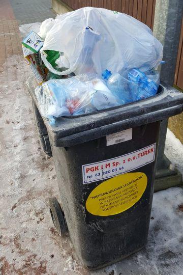 Śmieci: Kontrole z nalepkami ostrzegającymi