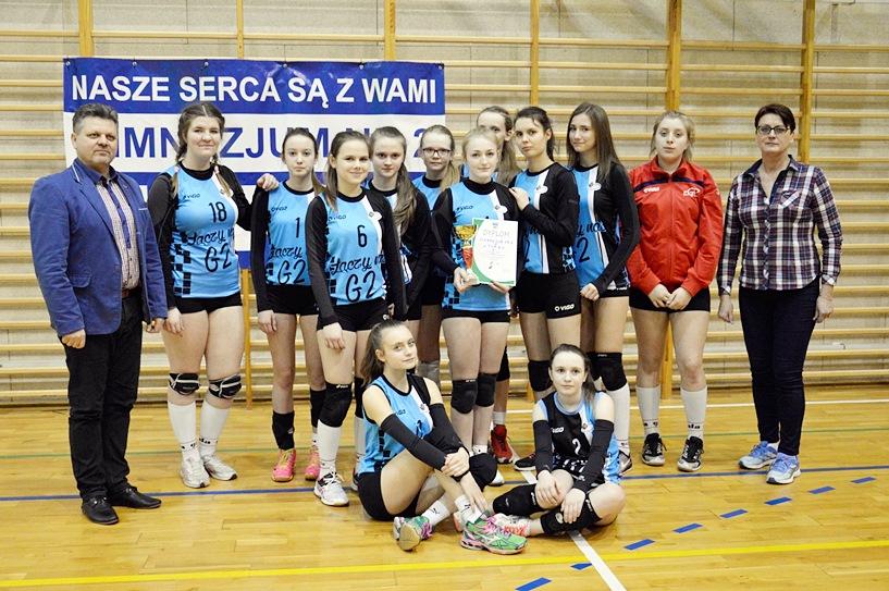 Dziewczęta z Gimnazjum nr 2 z Turku Mistrzyniami Rejonu Konińskiego w Piłce Siatkowej Dziewcząt Szkół Gimnazjalnych