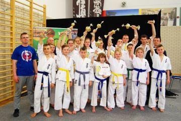 Karatecy zdobyli medale podczas...