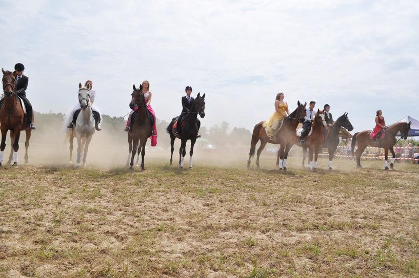 Kowale Księże: Otwarcie sezonu jeździeckiego i Piknik Rodzinny