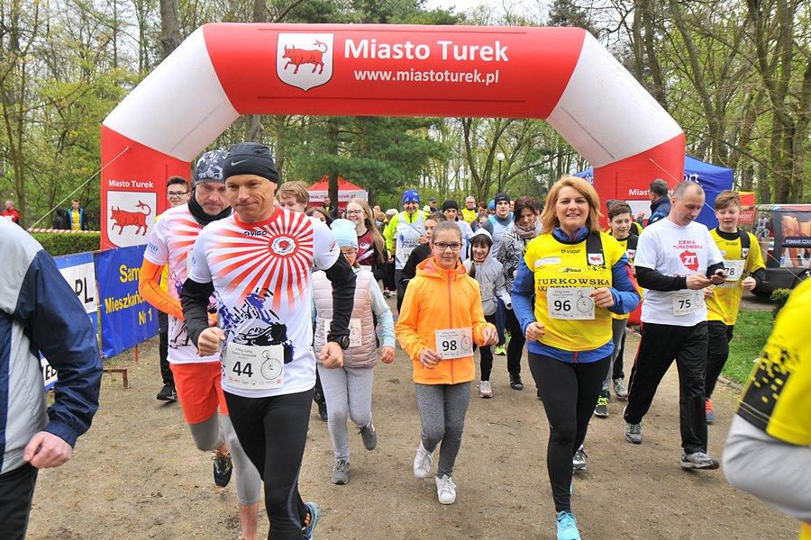 Urodzinowe biegi trwają. Świętuj aktywnie 676 urodziny Turku - foto: M. Derucki