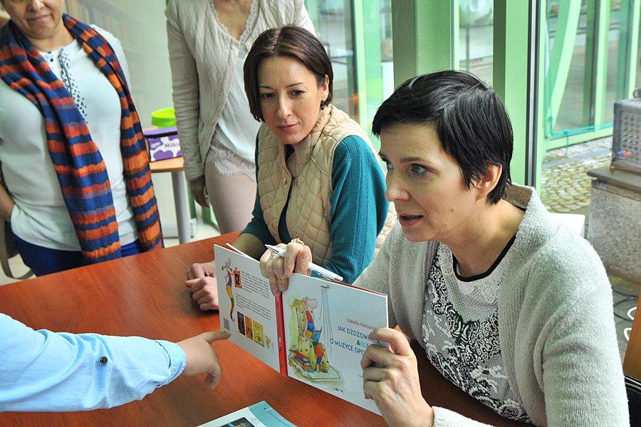 Wielkie spotkanie z pisarzami - foto: M. Derucki