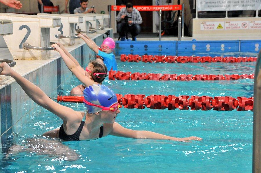 Turek: Trwają mistrzostwa miasta i powiatu w pływaniu - foto: M. Derucki