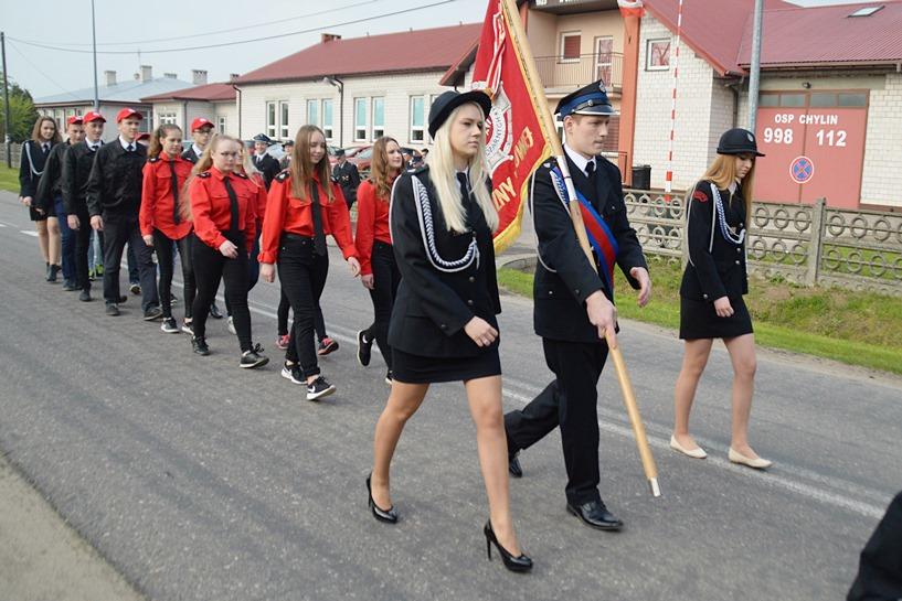 Chylin: Uczcili Dzień Strażaka modlitwą i intergacją wsi - foto: Arkadiusz Wszędybył