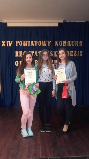 Sukces uczennic Gimnazjum nr 1 w XIV Powiatowym Konkursie Poezji Obcojęzycznej