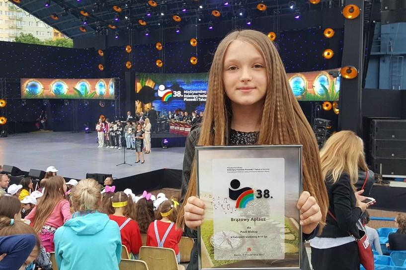 Brązowy Aplauz Międzynarodowego Dziecięcego Festiwalu Piosenki i Tańca w Koninie trafił do Turku