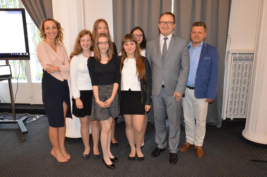 Wideo: Uczniowie G2 zdobyli nagrodę specjalną Rzecznika Praw Obywatelskich