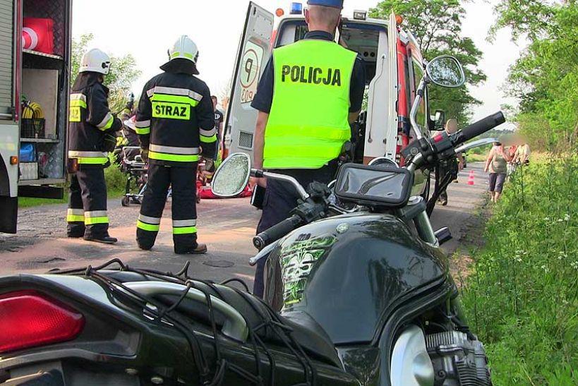 Piętno: Położył motocykl na prostej drodze a sam poturbował się