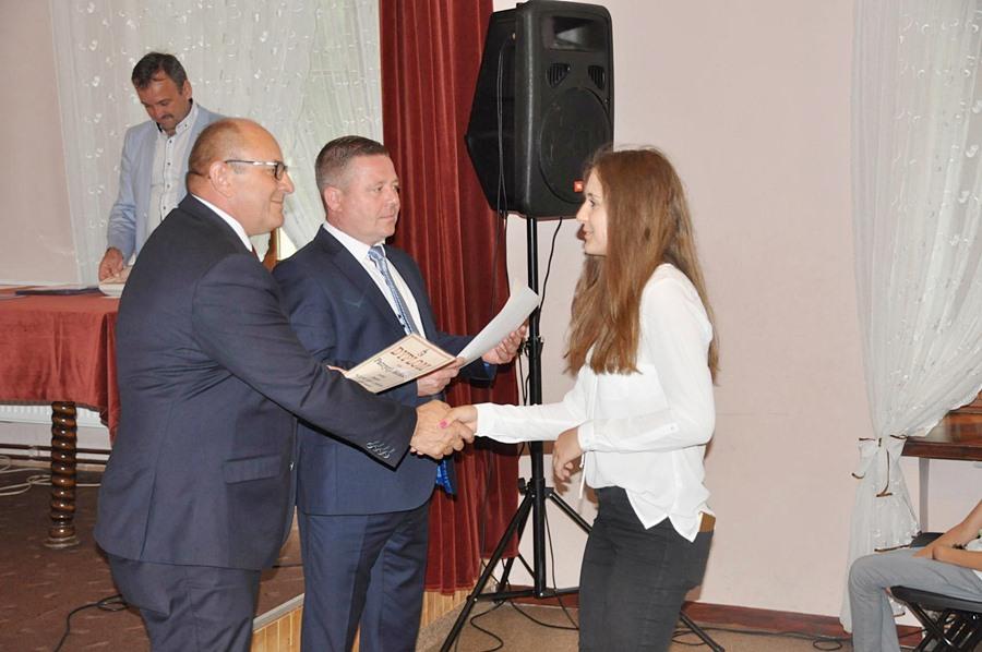 Tuliszków: Samorząd przyznał stypendia najlepszym uczniom i sportowcom