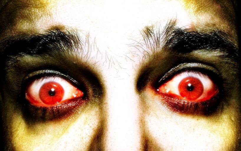 Lubisz czarny humor i zombie? Seans w parku na pewno cię usatysfakcjonuje - foto: freeimages.com / george Crux