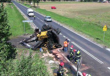 Wideo: 25-tonowa koparka zawadziła o wiadukt i...