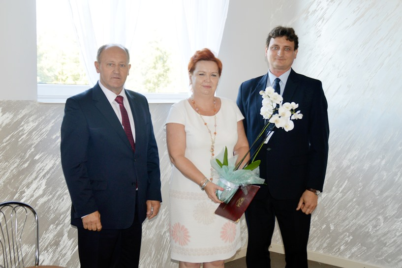 Kawęczyn: Gratulowali dyrektor Dorocie Młynarskiej.