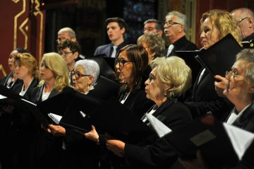 Chóralny śpiew rozbrzmiał w murach kościoła NSPJ