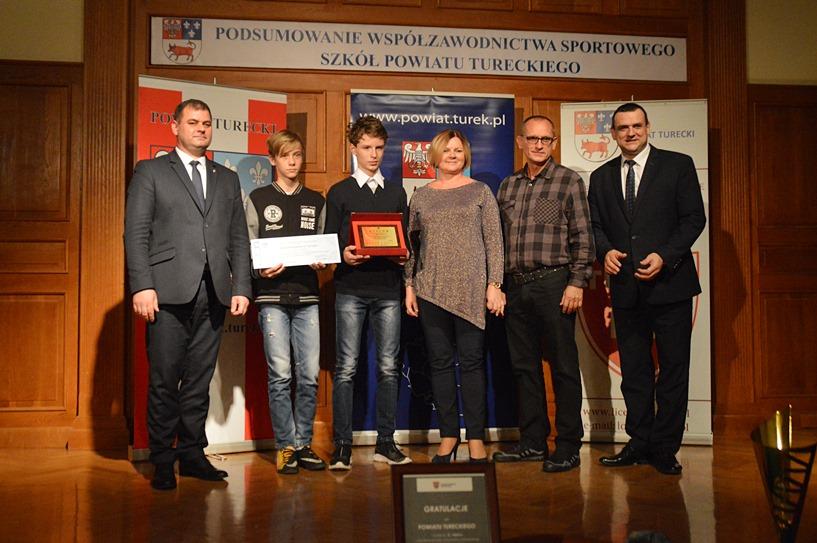 Podsumowali sportową rywalizację szkół. Młodzież z Turku, Przykony i Brudzewa odniosła największe sukcesy - foto: Arkadiusz Wszędybył