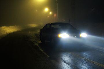 Kierowco, nie świeć po oczach