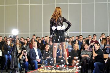 Kolejny pokaz mody w technikum. ZST Fashion...