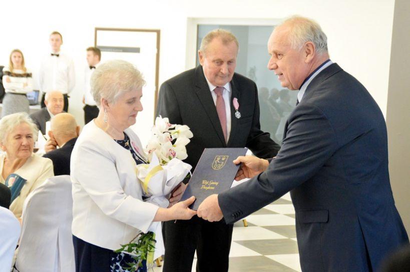 Olszówka: Małżeństwa świętowały złote gody - foto: Arkadiusz Wszędybył