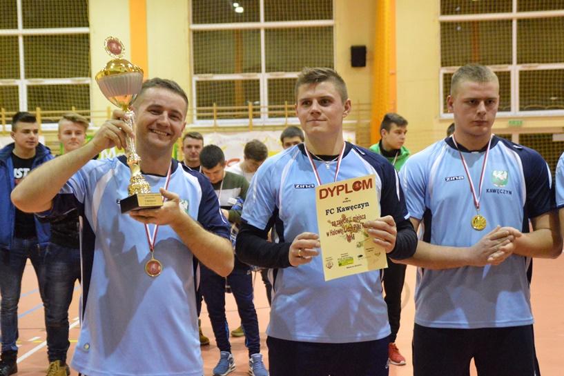 Malanów: FC Kawęczyn zwycięzcą HLPN. Sparta Grąbków nie odebrała im piątego triumfu - foto: Arkadiusz Wszędybył