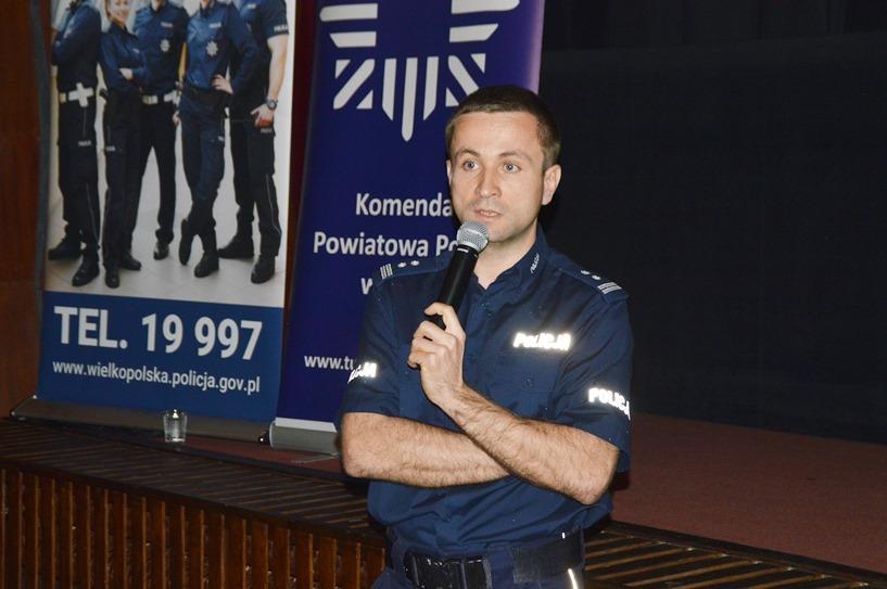 Debatowali o bezpieczeństwie z policjantami, burmistrzem i wicestarostą
