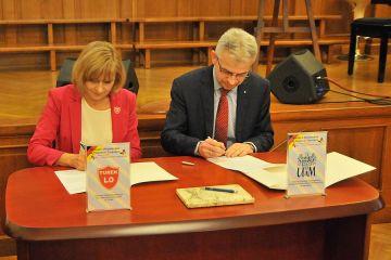 Turkowski Ogólniak podpisał współpracę z...