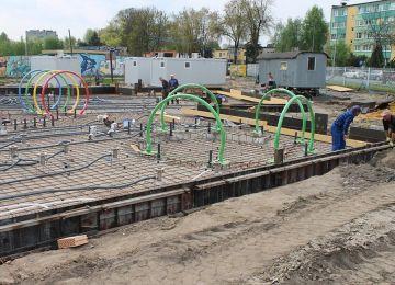Trwa budowa wodnego placu zabaw