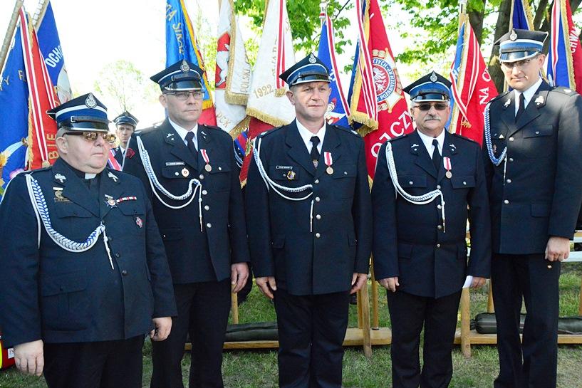 Skarżyn: Świętowali 90-lecie OSP, Dzień Strażaka i 30-lecie HDK-PCK - foto: Arkadiusz Wszędybył