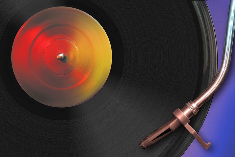 Już w piątek: Kiermasz płyt winylowych podczas Silent Party #2 - foto: freeimages.com / Joel Dietle