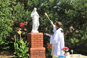 Nowa kapliczka na słodkowskim osiedlu poświęcona