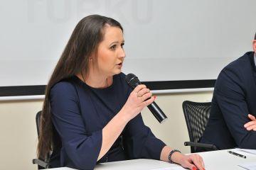 M. Kadrzyńska-Siwek: My pracujemy dla...