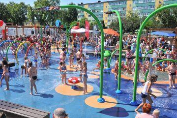 Ogromna frekwencja na wodnym placu zabaw