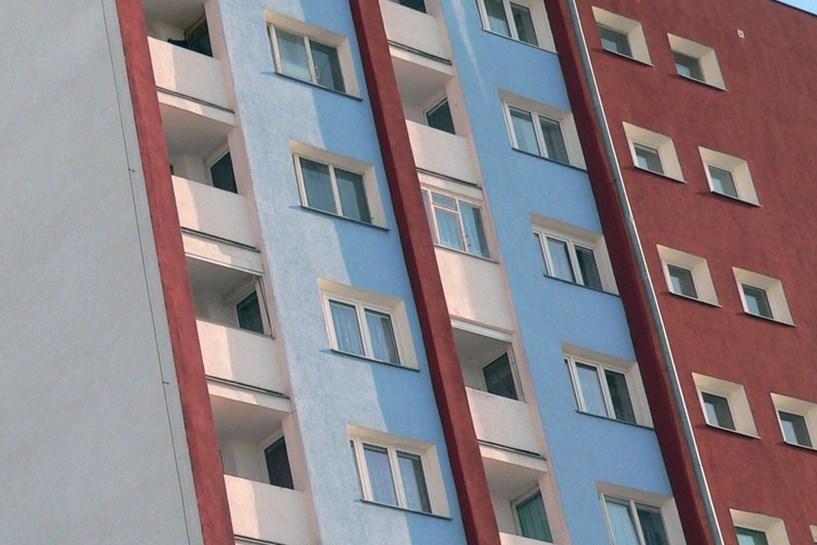 TS: Antosik nie martwi się o spłatę kredytu na budowę mieszkań na os. Wyzwolenia, bo spłacą go najemcy mieszkań - foto: freeimages.com / comx