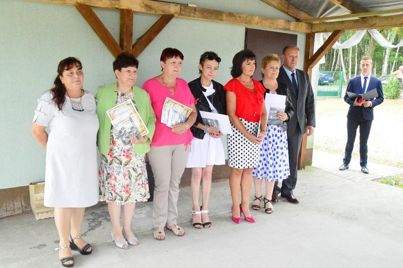 Młodzianów: Absolwenci i nauczyciele wspominali dawne lata - foto: Arkadiusz Wszędybył