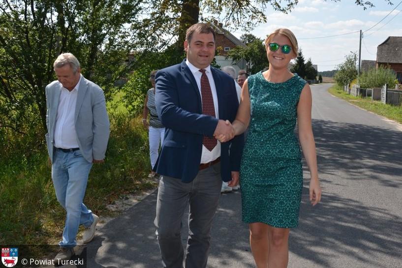 Wróblina: Nowa nawierzchnia drogi powiatowej i zapowiedź kolejnej inwestycji w tej miejscowości