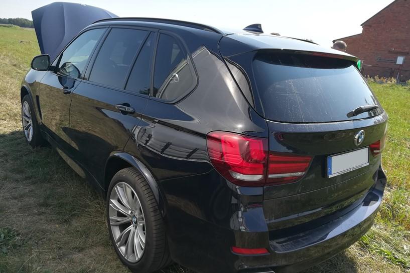 Tuliszków: Policjanci odzyskali BMW warte 400 000 zł - foto: materiały operacyjne Komisariatu Policji w Tuliszkowie