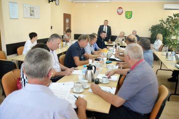 Malanów: Wezmą 2 mln kredytu na drogi w...