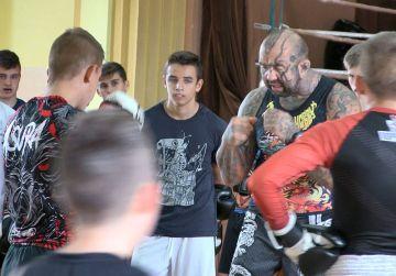 Wideo: Striker Turek trenował z Marcinem...