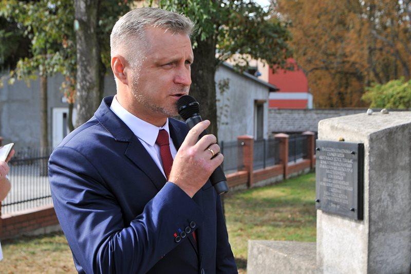 Dobra: 10 lat żydowskiego miejsca pamięci - foto: Marcin Derucki