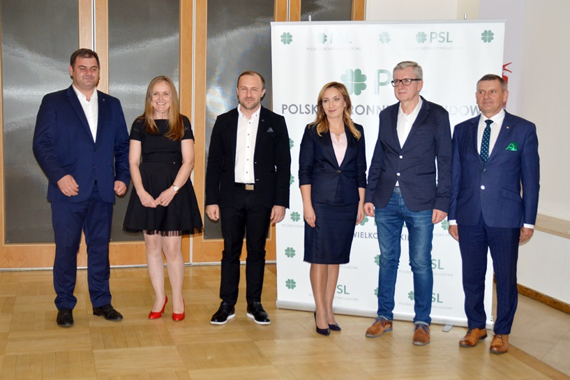 Wybory 2018: PSL przedstawił program i kandydatów - foto: Arkadiusz Wszędybył