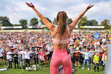 Rekord Polski pobity! 2027 osób ćwiczyło aerobik!