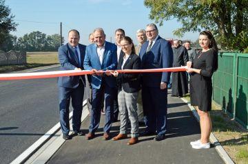 Głuchów: Mają nowy chodnik przy W471 za 1,8 mln