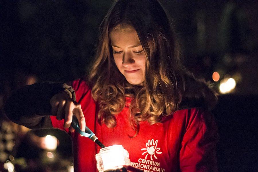 Wideo: Zanieśli Światło na zapomniane groby - foto: Piotr Podembski