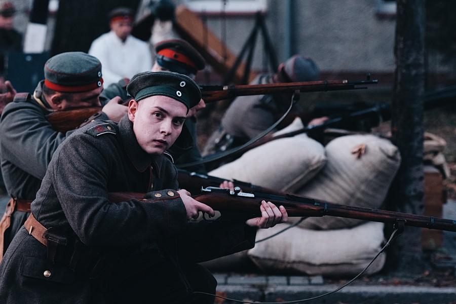Ostatnie chwile prof. Kączkowskiego. Rekonstrukcja na 100 lat niepodległości - foto: Mateusz Marczak/Marczak Images
