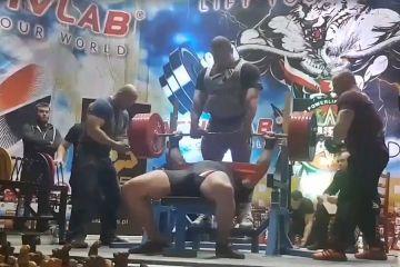 Tym razem wycisnął 320 kg! Konrad Fornalczyk z...