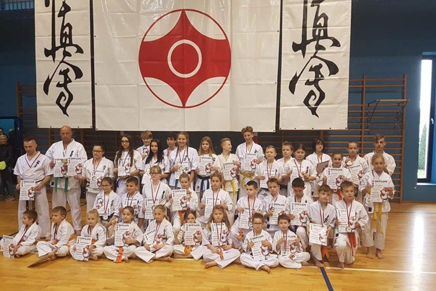 Karate: Mistrzostwa w Zduńskiej Woli - foto: materiał nadesłany