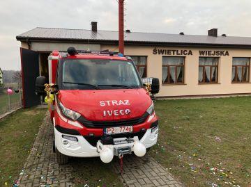 OSP w Kaczkach Średnich otrzymała nowy samochód...