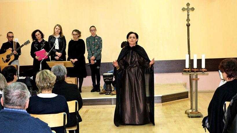 II Światowy Dzień Ubogich w parafii pw. NMP Królowej Polski  w Kaczkach Średnich
