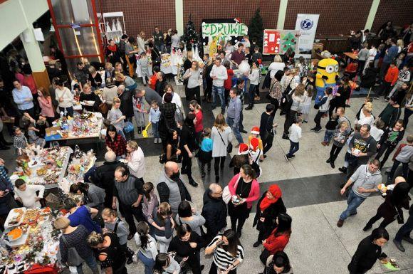 Turek: Świąteczny festyn w Szkole Podstawowej nr 5