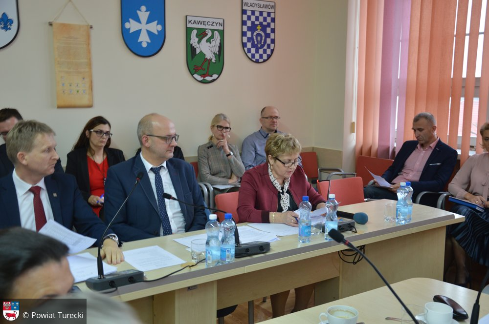 III Sesja Rady Powiatu Tureckiego w skrócie