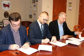 Umowa na odwiert wód termalnych podpisana